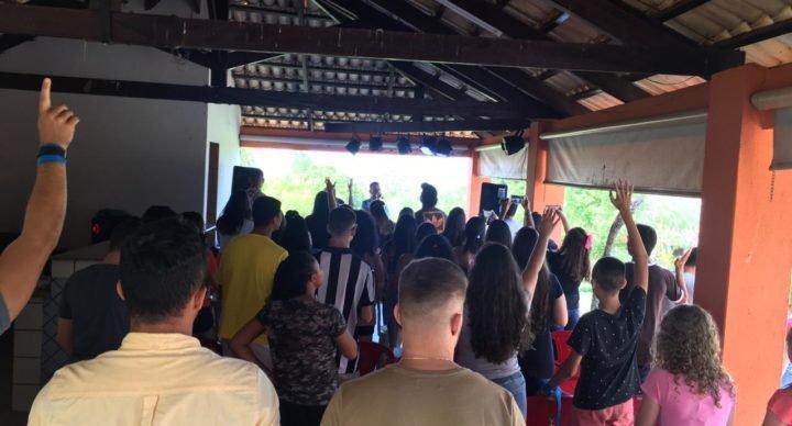 Acampamento UNIDOS CLOSER reúne dezenas de jovens em Goiatuba